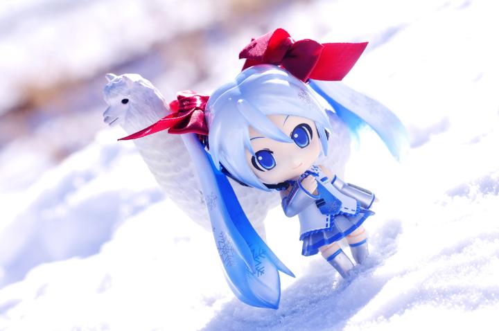 雪中二次元头像男